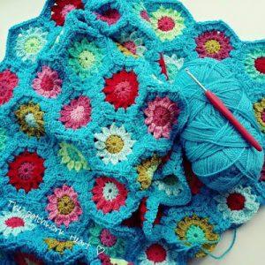 thepatchworkheart turquoise crochet blanket